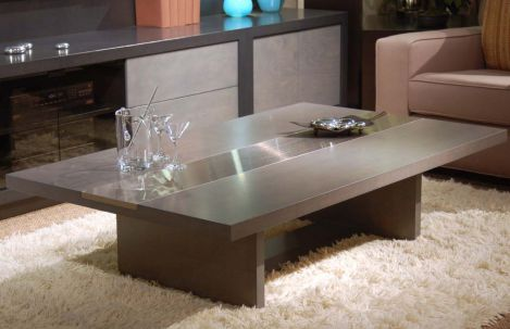1042 Cocktail Table